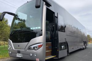 Bayes Tour Coach